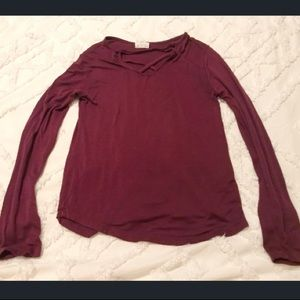 Cute long sleeve fitted top! Raspberry color!